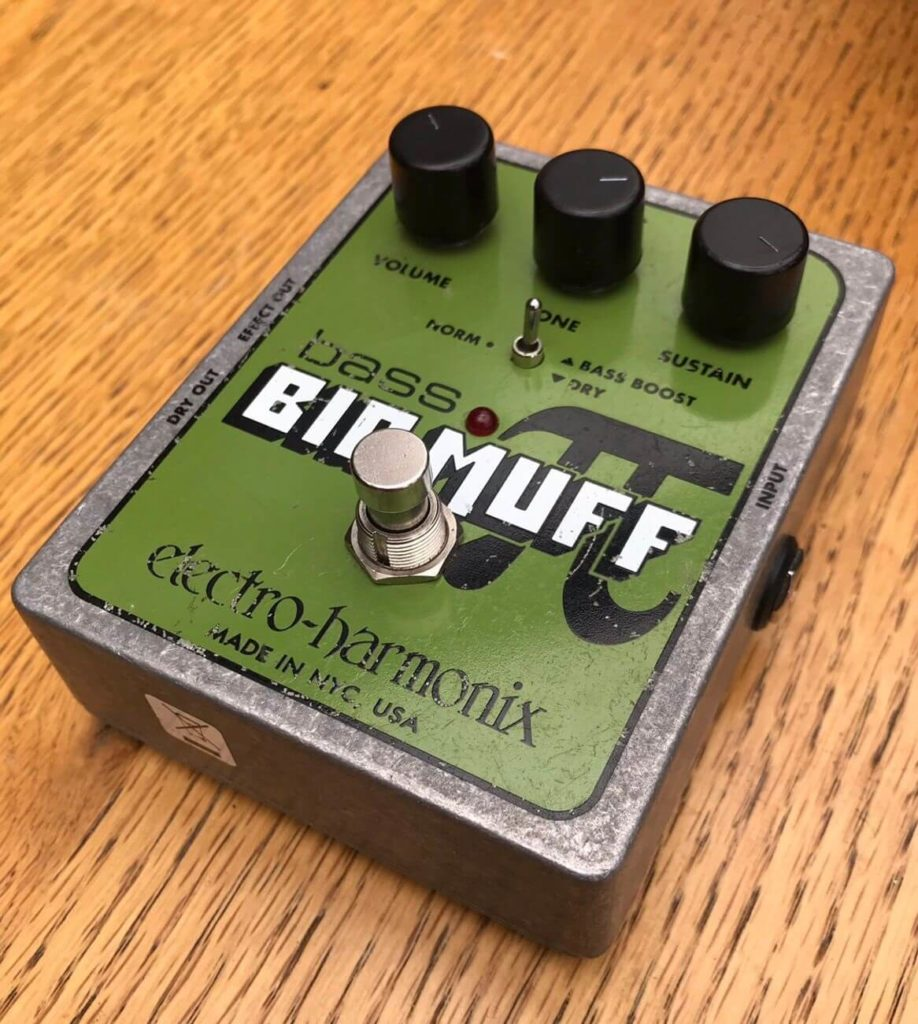 Big muff bass pedal Difference Between Guitar And Bass Effects article